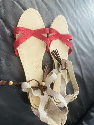 Sandały z rzemykami czerwony