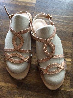 Sandalias de tiras color bronce tejido mezclado