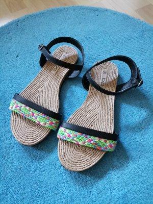 Sandalen bunt