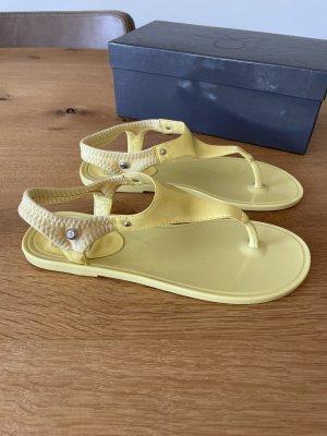 Calvin Klein Toe-Post sandals pale yellow