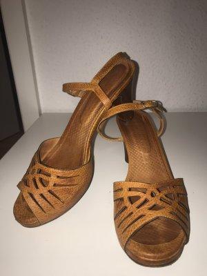 Chie Mihara Strapped Sandals gold orange-light orange