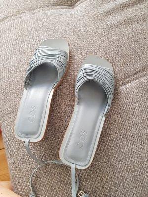 COS Sandały z rzemykami jasnoniebieski