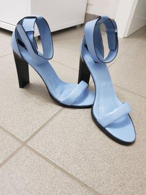 Stradivarius Sandalo con cinturino azzurro