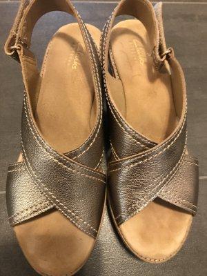 Clarks Comfort Sandals camel