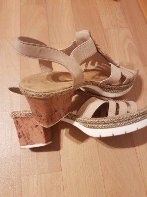 Sandalen der marke Rieker