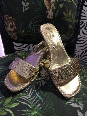 Andrea Conti Beach Sandals gold-colored