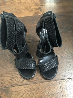 Sandalen geflochtenes Leder Riccardo Cartillone, Gr. 36