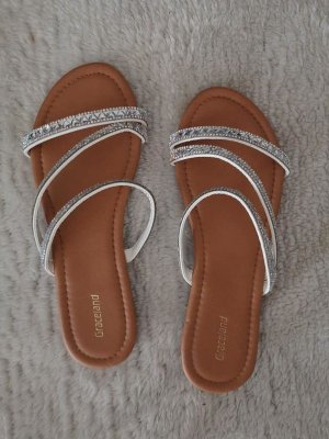 Graceland Strapped Sandals white-silver-colored