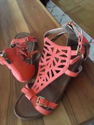 Romeinse sandalen zalm