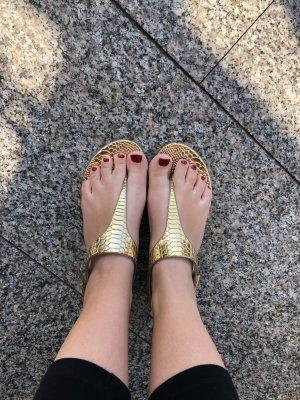 Sandalen in Gold