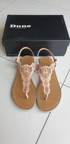 Sandalen in nude