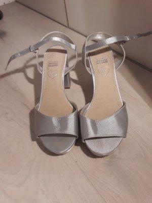 Sandalen, Innensohle aus Leder
