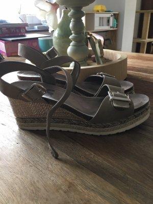 Sandalen Keilabsatz gr 40