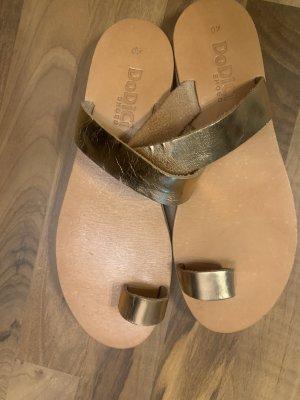 Plateauzool sandalen goud-camel
