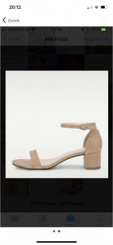 Strapped Sandals apricot