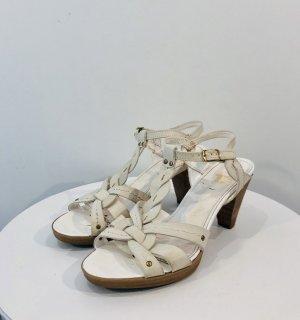 Sandalen mit leichtem Plateau