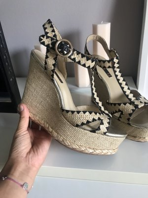 Sandalen mit Plateau / Keilabsatz Cinti NEU 39