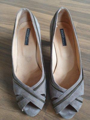 Sandalen mit reisverschlussoptik