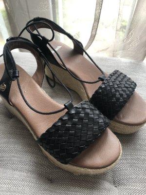 Sandalen mit Schnürung, Gr. 38