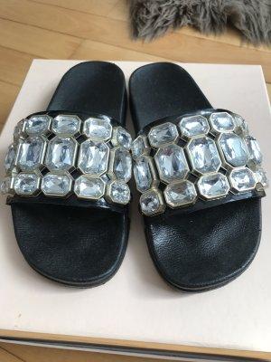 Sandalen mit Strass Steinen