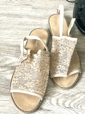 Sandalen neu