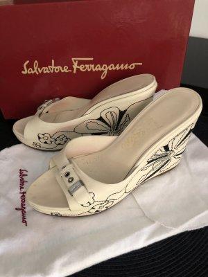 Salvatore ferragamo Plateauzool sandalen room