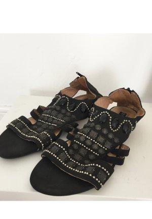 Sandalen / Sandaletten mit Nieten NEU