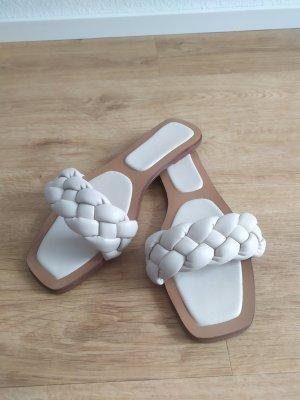 Sandalen Schlappen geflochten beige Gr. 40 neu