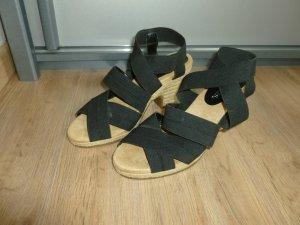 Aerosoles Sandalo con plateau nero