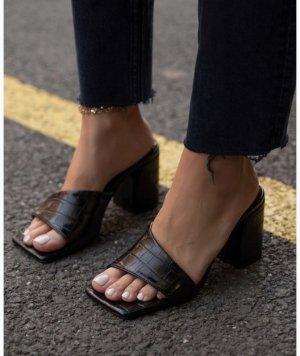 Outdoor Sandals black