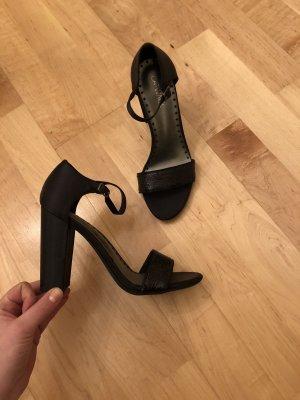 Sandalen schwarz Gr. 38