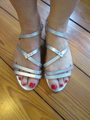 Sandalen silber kleiner Keilabsatz, Gr.36 h&m