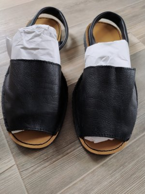 Sandalen, Slipper von Avarca  Menorquina gr.39 schwarz
