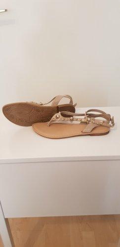 Sandalen Totenkopf Nieten schimmernd