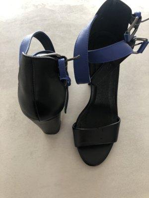 Sandalen von AKIRA