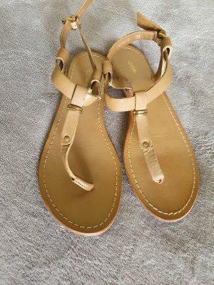 Sandalen von COX