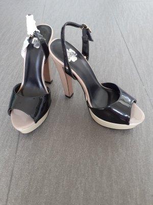 Sandalen von Doca