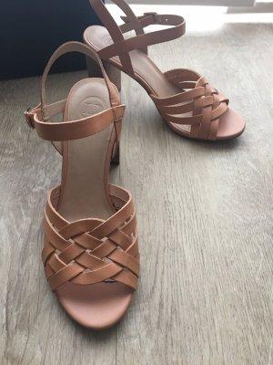 Sandalen von Dune