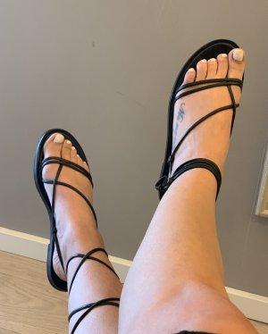 H&M Sandalo toe-post nero