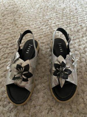 Sandalen von Jones