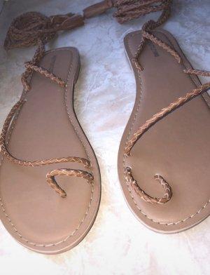 Pretty Little Thing Roman Sandals light brown-camel
