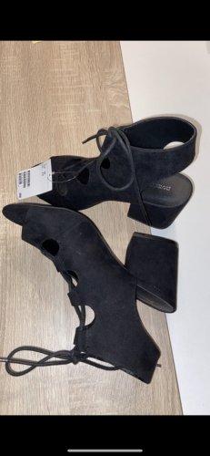 H&M Tacones con cordones negro