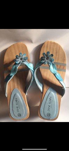 Sandały japonki z rzemykami turkusowy