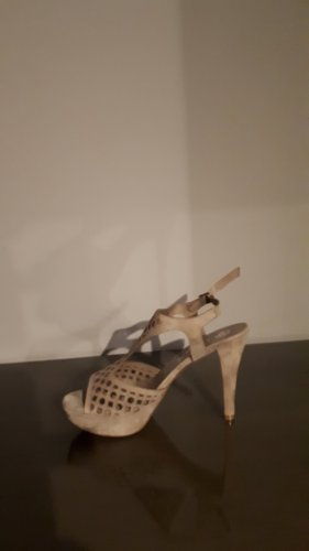 Sandały na platformie beżowy Skóra
