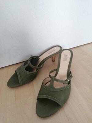 Sandalette in olivgrün mit Ledersohle