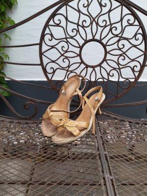 Sandalette mit Riemchen von Marco Tozzi mit kleinem Absatz