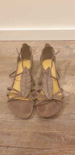 Sandalette mit schöner Applikation