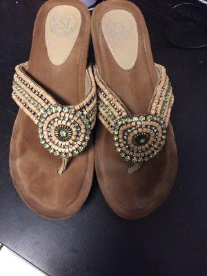 Sandalette mit Strass in beige - neuwertig - Gr 38