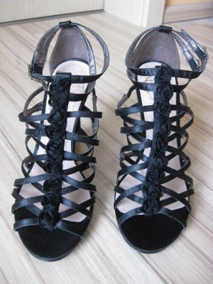Kim Kay London T-Strap Sandals black