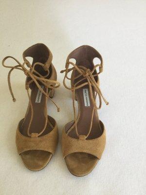 Sandalette zum Schnüren mit Blockabsatz